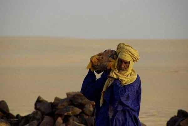 Sahara Desert Memorial Talk Cock Sing Song